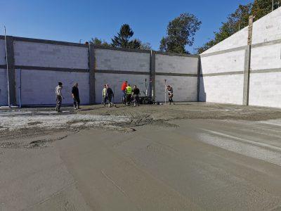 Posadzki betonowe w technologii DST
